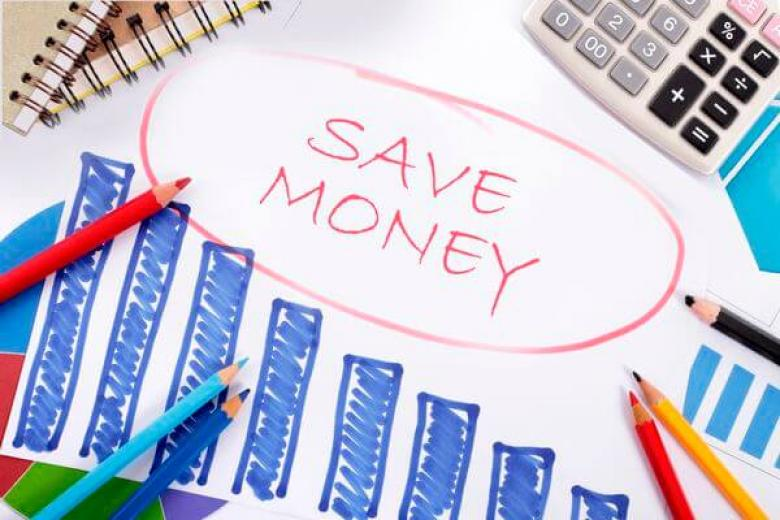Best Tips on Saving Money in College