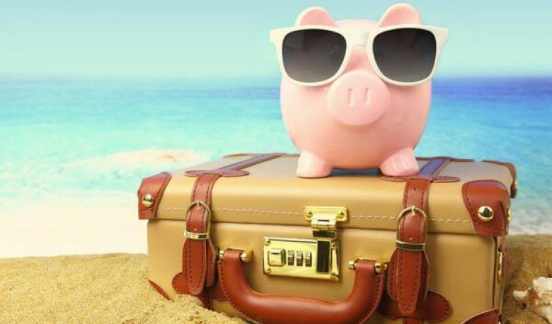 How to Wisely Spend Money While Travelling